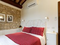 Lovely renovated farm house and very convenient for visiting Umbria