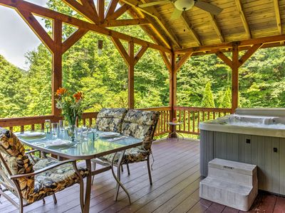 Photo for 'Sundance' 2BR Red River Gorge Cabin w/ Hot Tub!