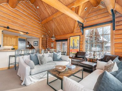 Photo for High end, custom designed 3 bedroom, 3 bath home offers a truly luxurious mountain getaway