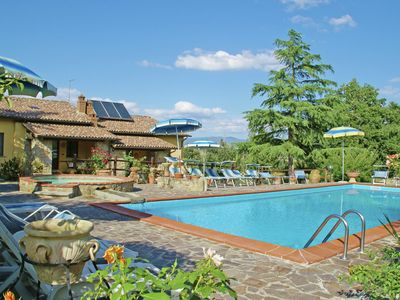 Photo for Cosy and snug apartment surrounded by nature near the Chianti valley