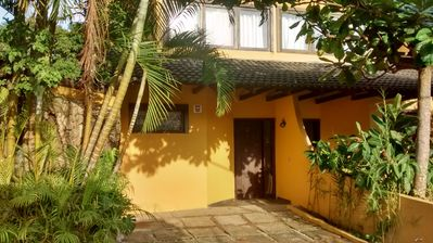Photo for Two stories house Barra Do Sahy 2 bedrooms, pool, air conditioning, up to 6 people