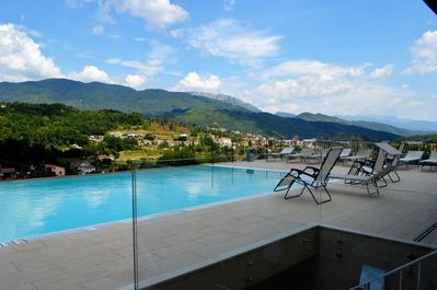 Stunning views from large private pool - just relax!