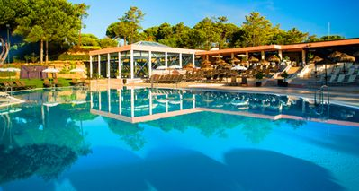 Photo for One bedroom Apartment, sleeps 2 in Quinta do Lago with Air Con