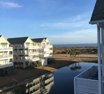 Photo for Oceanview Top Floor Islander Villa, Elevator, Linens/Beach Chairs/Umbrella  Incl