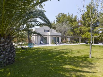Photo for Amazing villa with huge garden on the beach