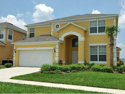 Photo for Budget Getaway - Emerald Island Resort - Feature Packed Relaxing 6 Beds 4.5 Baths  Pool Villa - 3 Miles To Disney