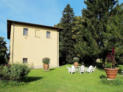 Photo for 5 bedroom Villa, sleeps 12 in Ponte a Poppi with Pool and WiFi