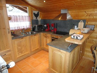 Photo for Apartment 6 people in chalet with garden, superb view, sunny!