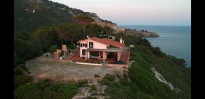 Photo for Villa,on coast line /40m up on cliff,family/couples,sleep 6,private,3-10 min bch