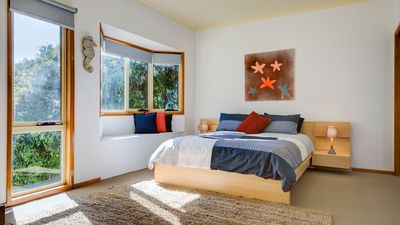 Photo for Southport Haven - FREE Wi-Fi! Sleeps 15.