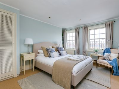 Photo for FANTASTIC 2BED NEAR SLOANE SQUARE JUST REMODELED.