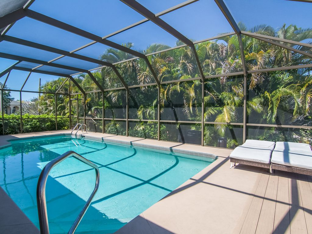 Waterfront Rentals On Marco Island