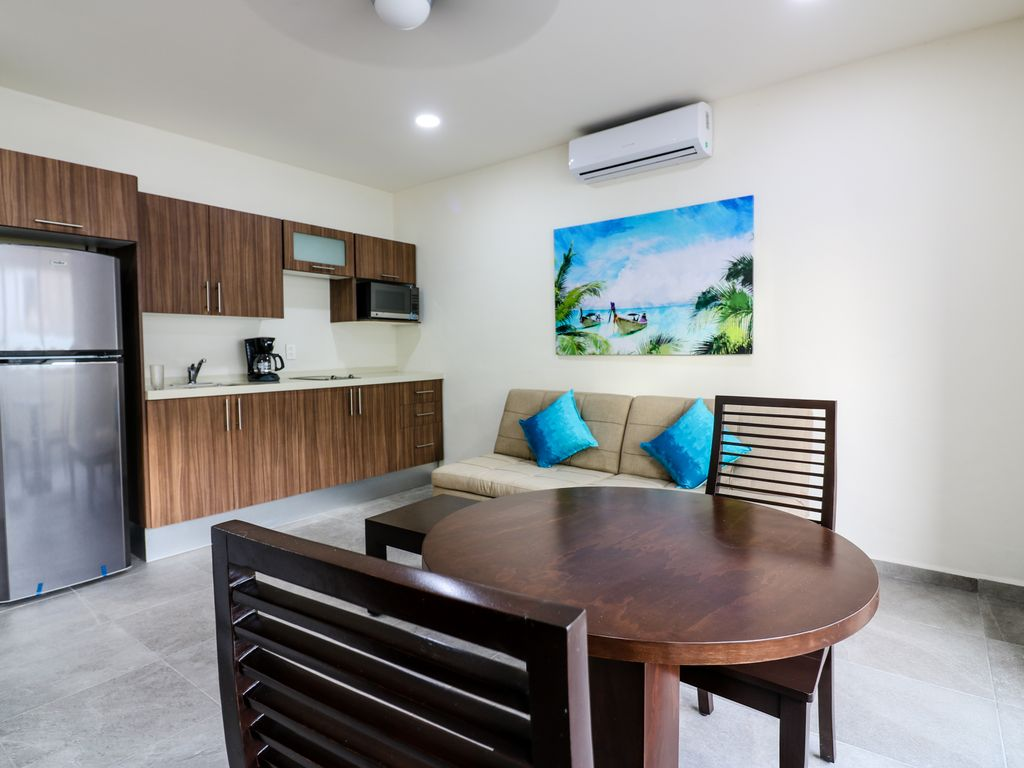 301 Lux 1br Suite Wifi Ac Roof Pool Bar Sleep 4 Walk To