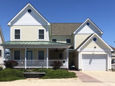 Photo for OCMD SF Home on Bay/Walking Distance to Beach!  Great for Families/Large Groups