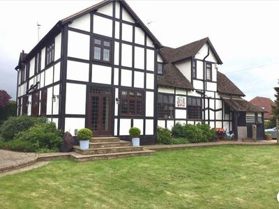 Photo for Beautiful home IN Stratford Upon Avon