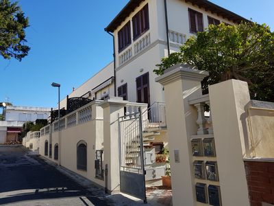 Photo for Apartment at 100 mt. from the sea to Quercianella
