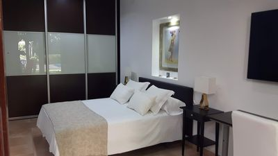 Photo for Independent guest room: Prat de Llobregat. Barcelona