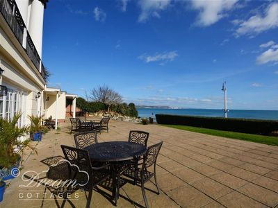 Photo for SEASCAPE, family friendly, with a garden in Greenhill, Ref 994642