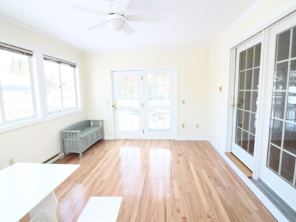 Renovated 5BR Single-Family House Downtown! OUTDOOR SHOWER
