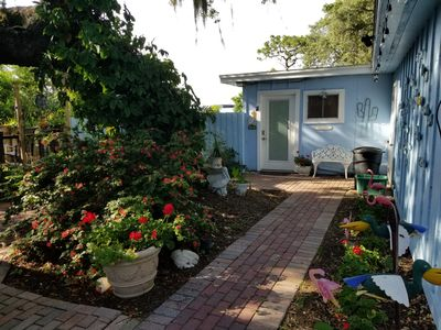 Photo for 2BR Cottage Vacation Rental in Tarpon Springs, Florida