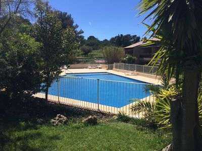 Photo for THE PRADET RENT WITH SWIMMING POOL, 5 MN AT FEET FROM THE BEACH