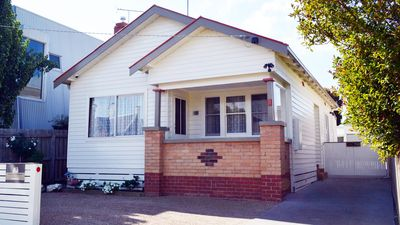Photo for Lawson's Cottage in South Geelong