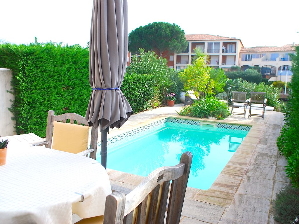Big House With Swimming Pool big house with a swimming pool and a 11m mooring, port grimaud