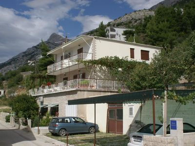 Photo for Apartment in Pisak (Omiš), capacity 6+2