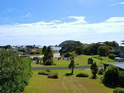 Photo for Hahei Cabbage Tree Cottage - Hahei Bach