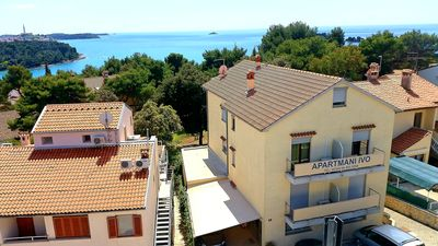 Photo for Apartment in Rovinj (Borik) quiet location - 150m from the beach - balcony - air conditioning