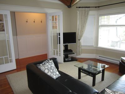 Photo for Beautiful 900sq ft 1 Bedroom Main Floor Suite In The Heart Of Kitsilano