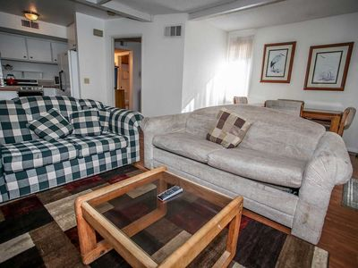 Boulder Cool Walk To Lake Lower Level Condo / Summertime Pool + Spa