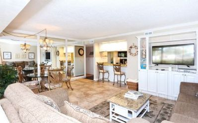 Photo for Firethorn 613 - 2 Bedroom Condo with Private Beach with lounge chairs & umbrella provided, 2 Pool...