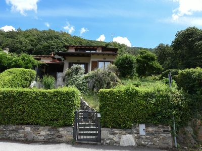 Photo for Holiday house with garden and dream view of Lake Maggiore