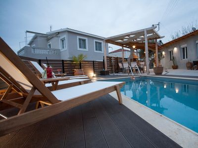 Photo for Galatas 3 bedroom villa with private pool
