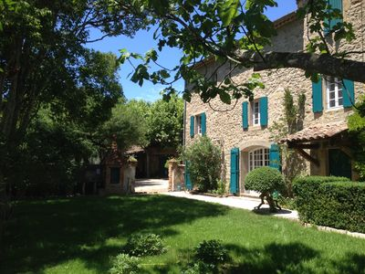 Photo for Family farmhouse on 4 hectares, swimming pool and private tennis court, near Uzès