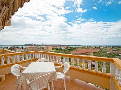 Photo for Apartment Javoran A2 with Balcony and Sea View