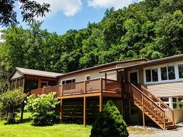 Photo for 3BR House Vacation Rental in High View, West Virginia