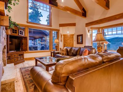Photo for Moonstone Lodge: Virtual Tour, Hot tub, Arcade, Close to Town, Mountain Views
