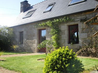 Photo for pretty typical Breton cottage situated between