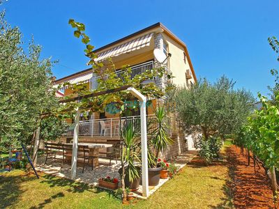 Photo for Apartment 1158/9990 (Istria - Medulin), Romantic accommodation, 900m from the beach