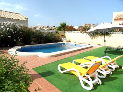 Photo for Detached 3 Bedroom Villa with Air-Con and Private pool La Marina