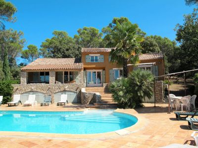 Photo for 6 bedroom Villa, sleeps 14 in Les Camails with Pool and WiFi
