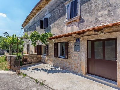 Photo for Vacation home TENA in Pula - 6 persons, 2 bedrooms