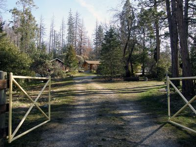 Photo for 2BR House Vacation Rental in Oakhurst, California