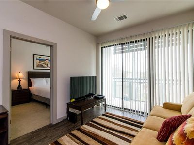 Photo for Apartment 78 m from the center of Austin with Internet, Pool, Air conditioning, Lift (698036)