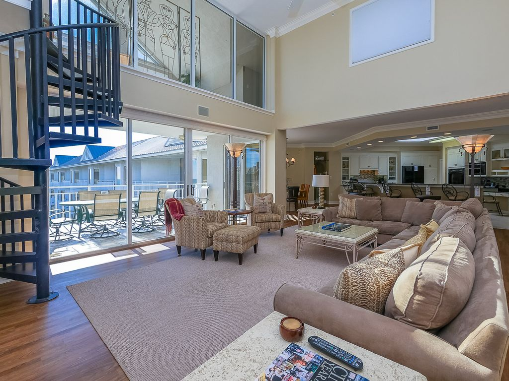 Penthouse 5 At Seacrest Oceanfront 4 Bedrooms Beautiful Sleeps 10 Myrtle Beach Myrtle Beach