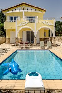 Beautiful Villa with private swimming pool  - Laganas