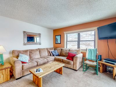 Photo for Mountain view condo - walk to Crested Butte Mtn Resort!