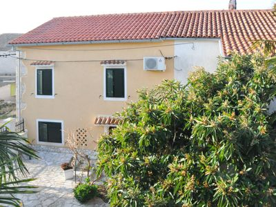 Photo for Vacation home Zora 2  in Pula/ Rakalj, Istria - 4 persons, 2 bedrooms